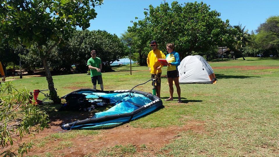maui kiteboarding lessons instructors and student