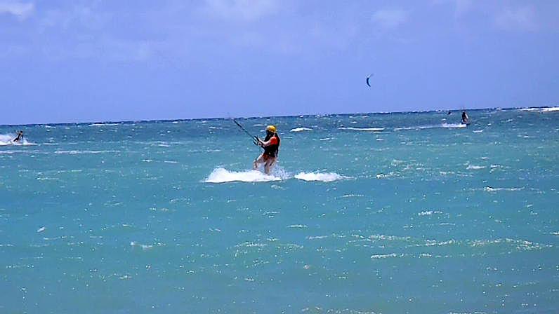 Maui Kiteboarding Lessons Beginner Kiteboarder