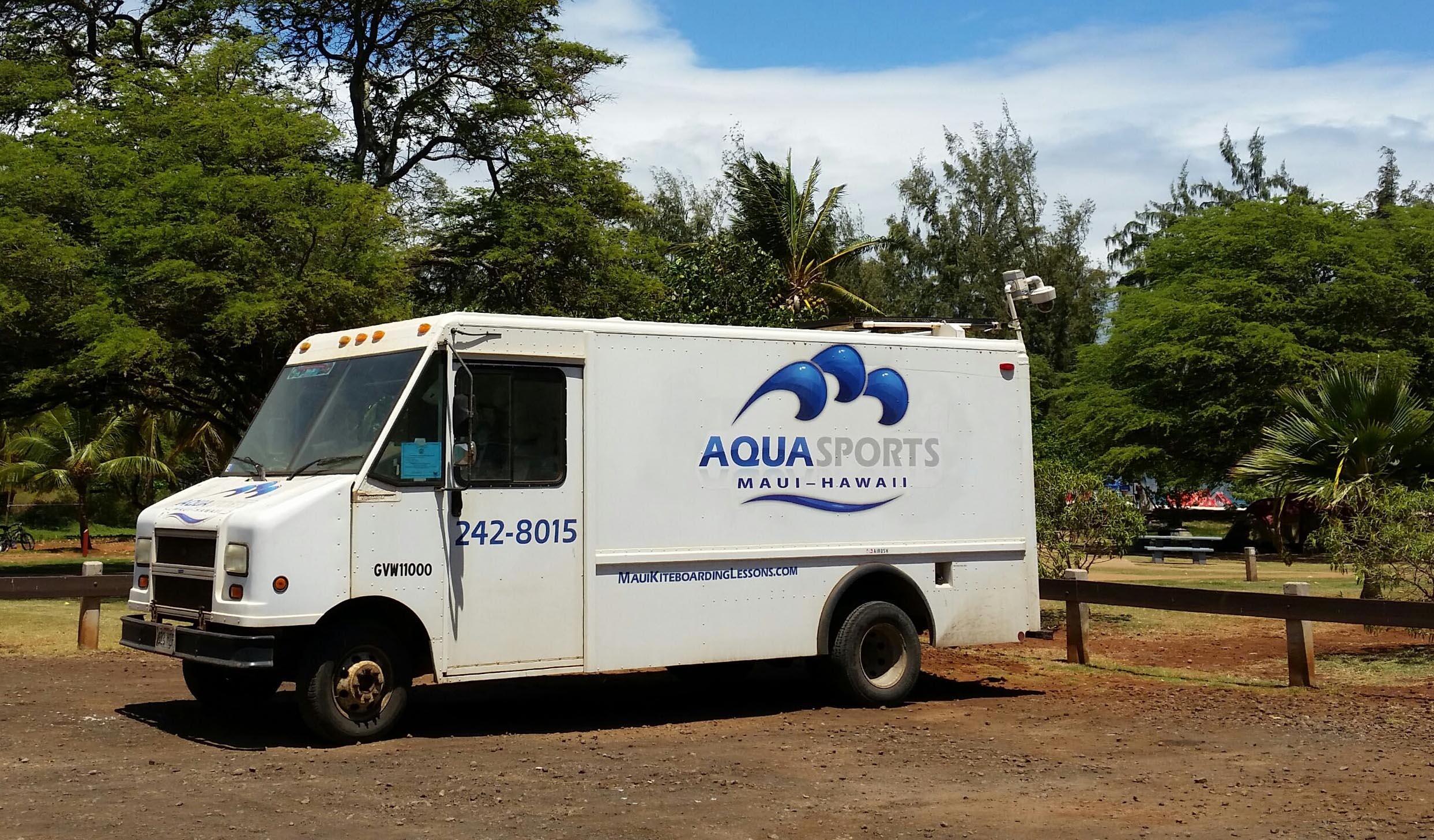 Aqua Sports Maui Kiteboarding Lessons van