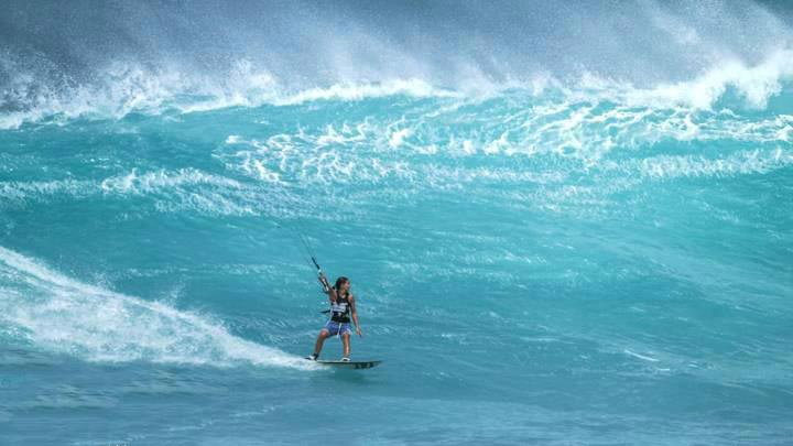 Aqua Sports IMaui Kiteboarding nstructor Raqual Lima at Lanes