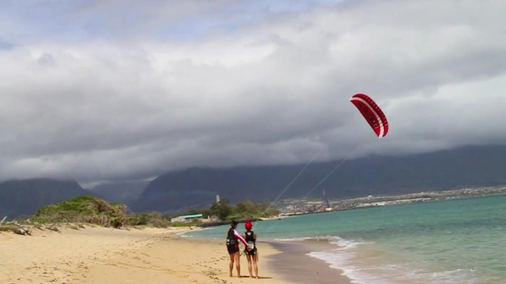 Aqua Sports Maui Non Kiteboarder Lesson with Student and Trainer Kite