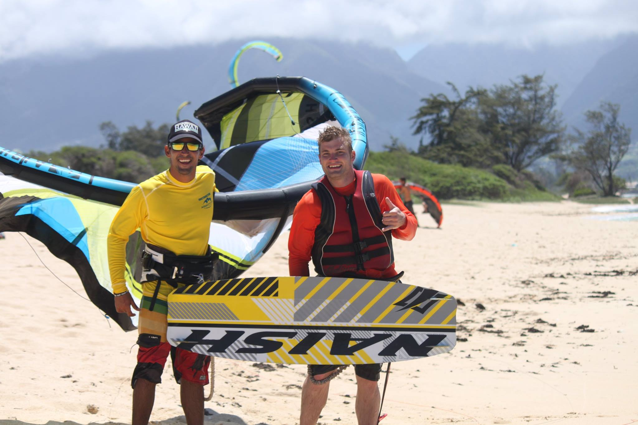 maui kite boarding lessons instructor Jayeson with student 2