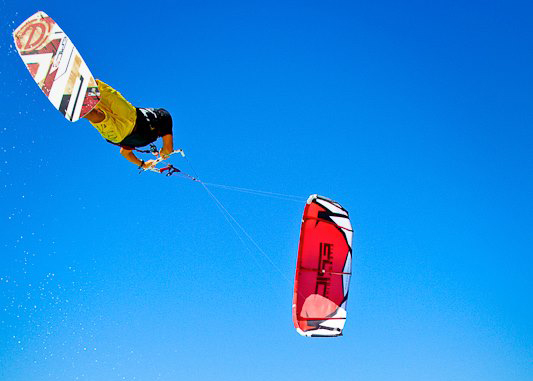 Why Choose Maui Kiteboarding Lessons